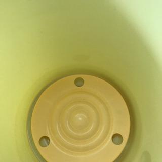 【あげます!】リス★定番プラスチック製漬け物容器★味噌樽