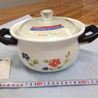 ④ 新品 可愛いレトロな18cm ホーロー鍋