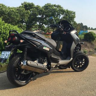 ジレラ フォコ 500 側車付きオートバイ