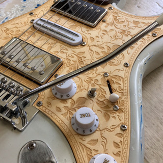 ハードレリック加工ストラトタイプギター