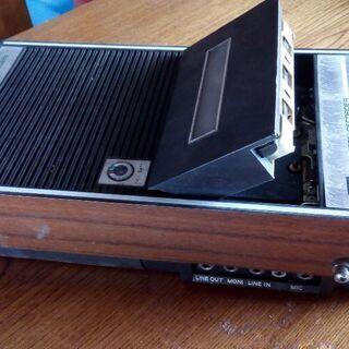 カセットテープデッキ
