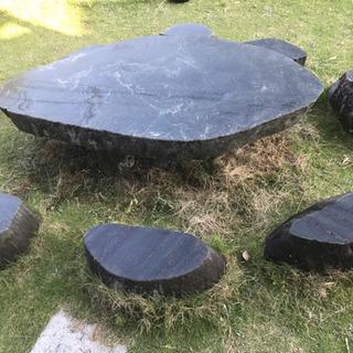 石テーブル   庭石 多数譲ります