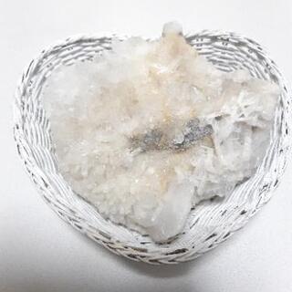 水晶クラスター(かご付き)