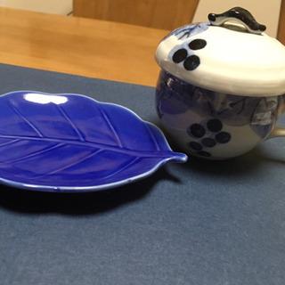 食器 木の葉型お皿、ぶどう柄カップ セット