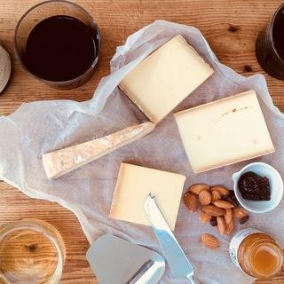 自然派ワインとオーガニックチーズの世界を探る