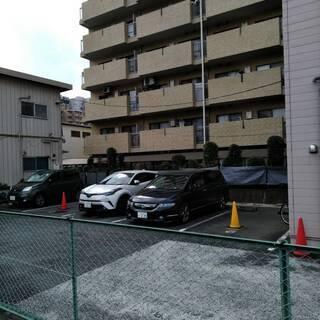 月極 駐車場 西新宿3丁目