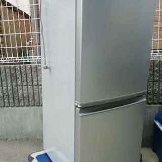 シャープ冷蔵庫137L