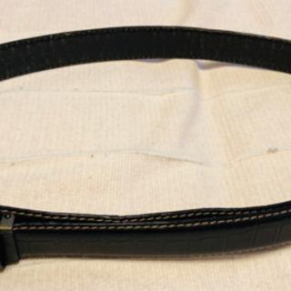 中古 メンズビギ 黒革ベルト