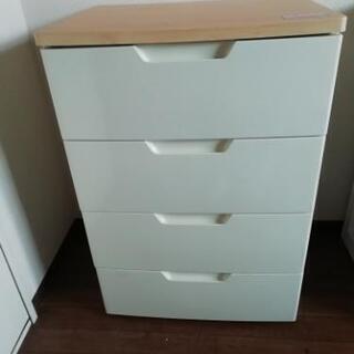 ホワイト四段の衣類収納【お譲りします】