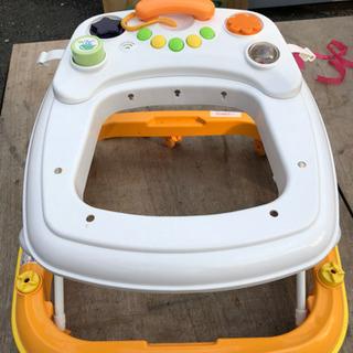 赤ちゃん用歩行器  まだまだ使用可能です!!の画像