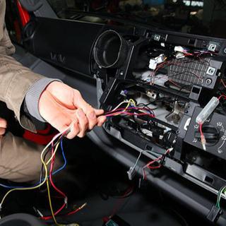 車検や用品取付など格安でやります!