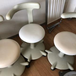 歯科用ガス圧昇降式チェア3脚 キャスター付 丸椅子 イス