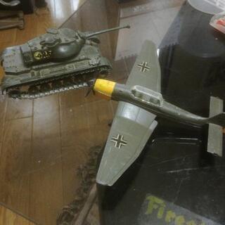 戦車と飛行機