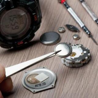 腕時計の電池交換や修理は、プラスワン和泉府中店へ❗