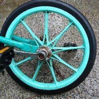 一輪車 珍しいノーパンクです。