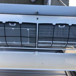 ラスト1台‼️中年式の中古エアコン在庫あります❗️標準工事費込み...