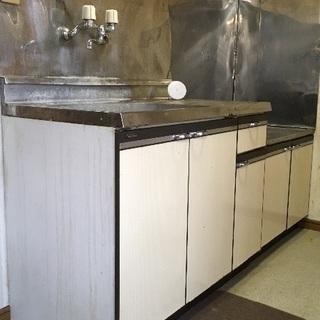 キッチン 流し台、コンロ台中古(汚れありますが使用は問題ありませ...