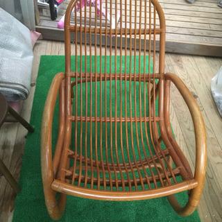 籐の椅子 - 都城市