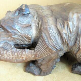 ☆置物 木彫り熊 木製 熊彫 お部屋にクマの息吹を◆アイヌの魂