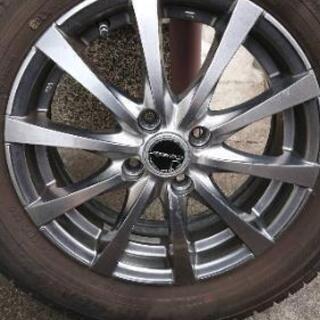 185#65R15スタッドレスタイヤ、ホイル付き4本セット