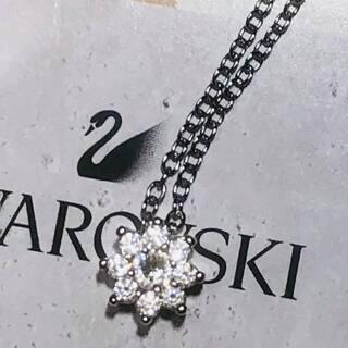氷の結晶【スワロフスキー】一粒ダイヤモンド18kネックレス