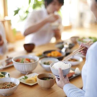 つくりおき.jpは保存がきく手作り料理をご自宅まで配達する、忙しい...