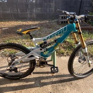 期間限定 ダウンヒル用自転車 YETI(イエティ) 2010年モデル