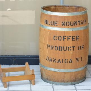 台付き オシャレな木樽 タル 飾り 収納ボックス プランタ…
