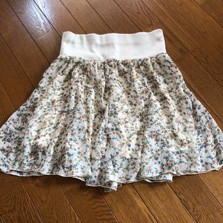 花柄ミニスカート