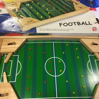 pintoy 木製サッカー版 おもちゃ