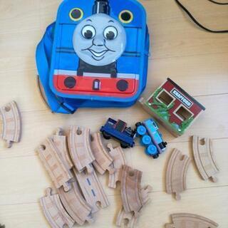 トーマスのおもちゃ 木製レール プラスチックではありません