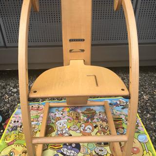 バンビーノチェア❷(座面調節可組み立て椅子)