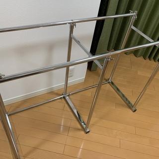 押入れ伸縮頑丈ハンガーラック(幅110-180cm)