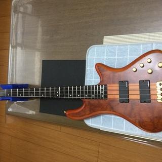 ベースギター売ります