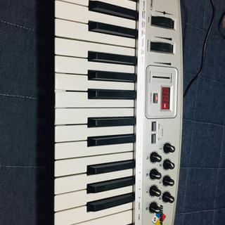 【MIDIキーボード】M-Audio oxygen8