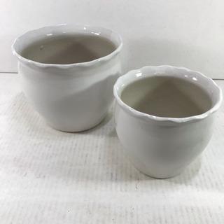 新品 陶器植木鉢 白 若干難あり