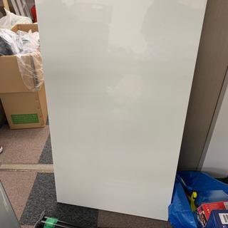 要組立  IKEA テーブル お譲りします 引き取って頂ける方限定