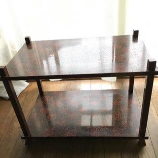津軽塗のサイドテーブル