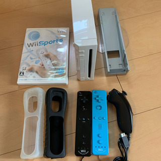 Wii  本体  リモコンプラス  ヌンチャク  ソフト2つ