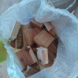 キャンプ 薪 薪ストーブ 焚き付け 木材