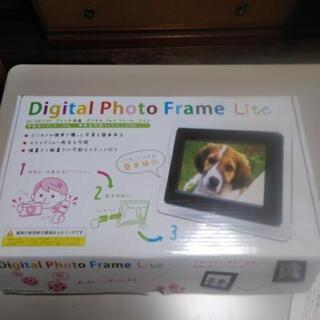 【未使用品】デジタル フォトフレーム 7インチ DS-DA7101