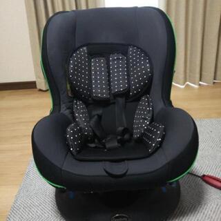 チャイルドシート 新生児から使用可能