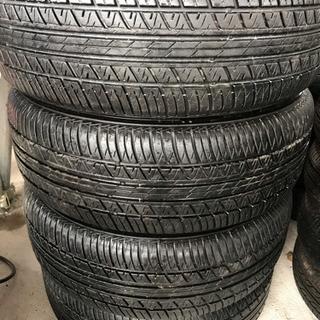 215/60/16. タイヤ、交換、全てコミコミ