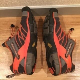 子供用の靴 22.5cm