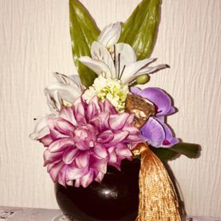 季節の仏花アレンジメント