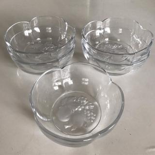 ⭐️未使用品⭐️ ガラス製 食器5枚セット
