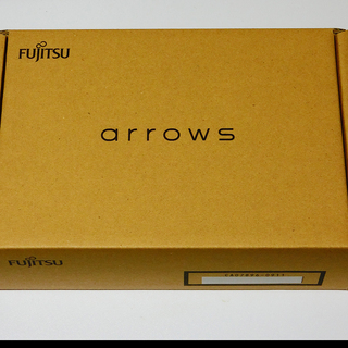 富士通 arrows M02 シムフリータイプ。未使用新品。 +...