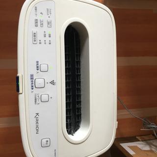 2009年製☆SHARP☆キャスター付加湿空気清浄機KC-W45...