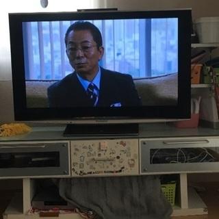 テレビ台とテレビのセット