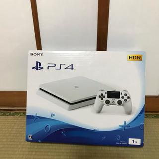 PlayStation 4 (白)